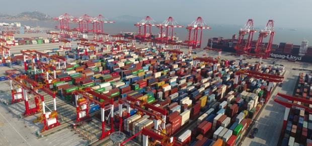 Egypt inks deal with China's port giant to build container terminal in Abu Qir port