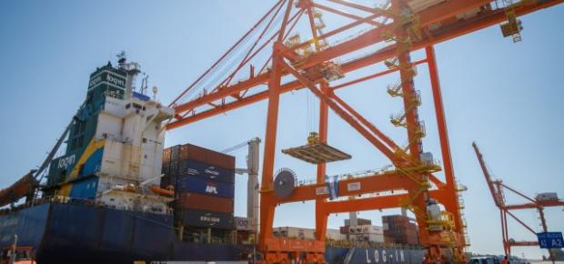 ICTSI Argentina signs agreement with Evergreen