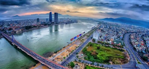 Vietnam Approves Mega Investment in Lien Chieu Port